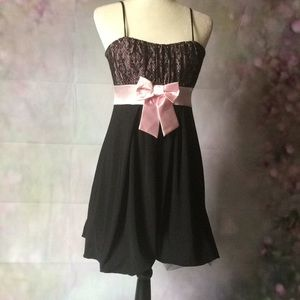 Pink and black dress xl